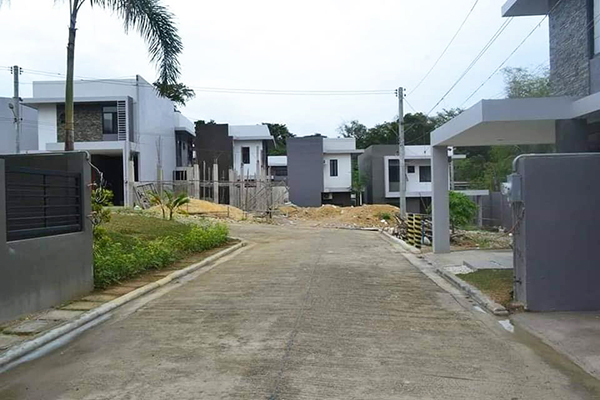 the houses in villa sebastian mandaue