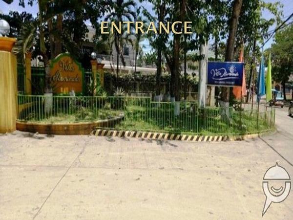 entrance gate of villa illuminada