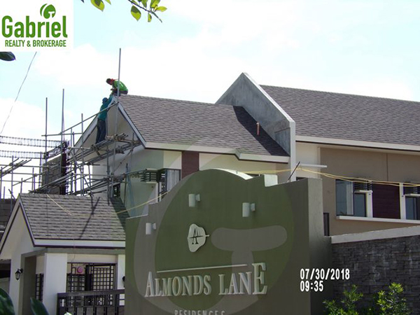almonds lane talisay townhouses for sale