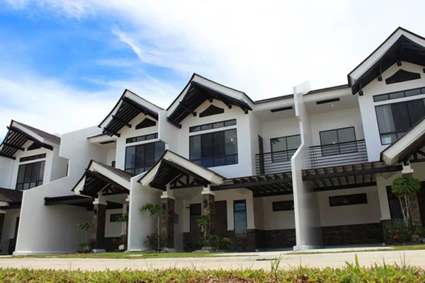 townhouse for sale in argao royal palms