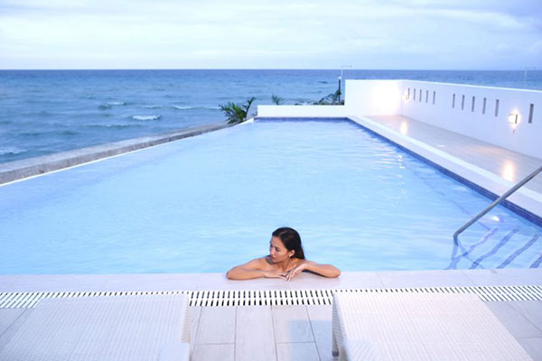 beach house for sale in argao royal palms