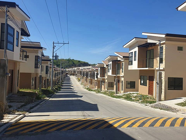 ready for occupancy houses for sale in mandaue - fontana heights