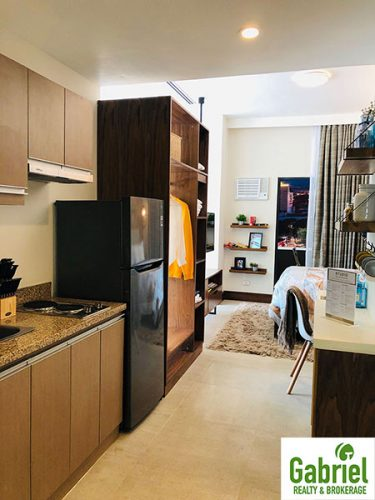 fully furnished condominium near shopping centers and malls