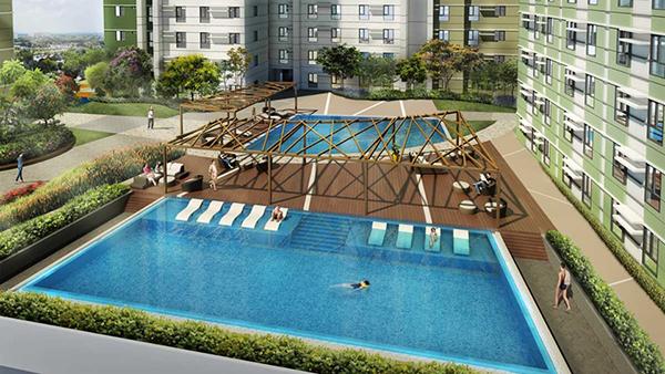 biggest swimming pool in Cebu IT Park