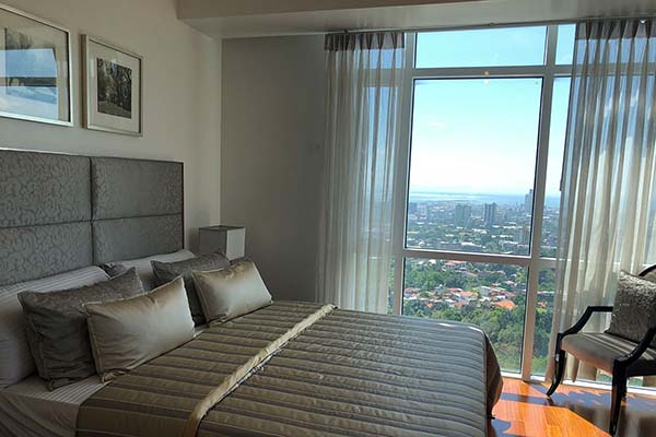 the 1 bedroom condominium unit in marco polo cebu
