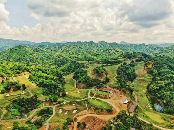 golf course in lataban, liloan